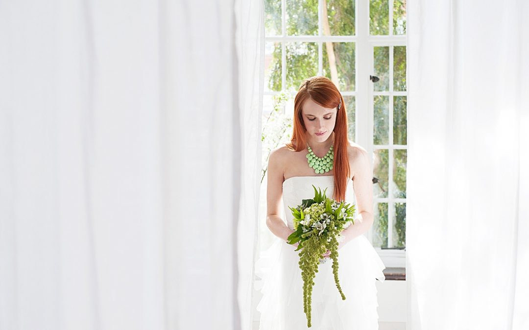 Editorial Shoot / Fresh & White Wedding Inspiration With a Twist of Lime